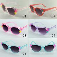 Barocke Katzenaugen-Kindersonnenbrille mit Blumen-Kindersonnenbrillen-Mädchen hübschen Sun Eyewear UV400 5 färbt en gros