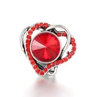Botón a presión de Noosa del corazón de la joyería Botón a presión de 18MM con diamantes de imitación para el botón a presión de 18 mm Collar de pulsera para mujer