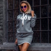 Hoodie-Kleid-Dame-Casual Brief drucken T-Shirt-Kleid Herbst-Winter-Tops Frauen Langarm-Sport-Kleid Sportwear D25