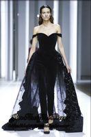 2020 Nouveau magnifique épaules Noir Jumpsuit robes de soirée perles Appliqued Tulle velours Tapis rouge Robes de soirée formelle de robe
