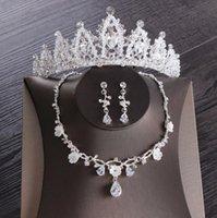 أحدث أفضل مبيعا مجوهرات الزفاف تاج ثلاث قطع مجموعة اليدوية كريستال تاج قلادة أقراط اكسسوارات الزفاف شحن مجاني