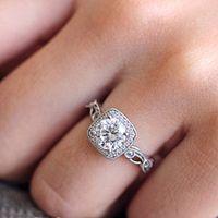 أزياء الماس الدائري للنساء الإبداعية الفضة اللون خاتم الخطوبة خاتم الزواج حزب مربع الأحجار الكريمة والمجوهرات