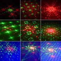 Лазерные фонари Светодиодный проектор 96 паттернов DJ Stage Вечеринка Освещение 5 Источники Диафрагмы Объектив Красный Зеленый Синий Авто Звук активирован