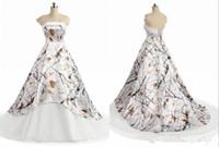 robes de mariage blanc pays camo 2019 dos corset bustier à lacets moderne realtree camouflage robe de mariée de plage boho