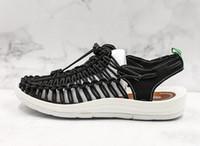 حار بيع النساء الصنادل الناعمة مريحة الروماني أحذية بيضاء صغيرة الصيف الخوض أحذية عالية الجودة مصمم تنفس الأحذية المنبع