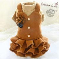 Ücretsiz nakliye el yapımı moda köpek giysileri Vintage çiçek kış ilkbahar için yün takım elbise ceket örgü elbise hayvan kalınlaşmış