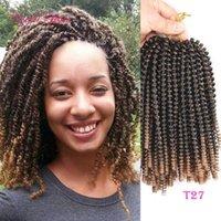 Ön Tiwsted Saç Uzantıları Tek Bahar Büküm Tığ Örgüler Saç Uzantıları Ombre Sarışın Zıplayan Saç Kıvırcık Ombre Kahverengi Kısa Marley