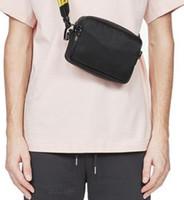 브랜드 미니 남자 끄기 노란색 캔버스 벨트 높은 백색 어깨 가방 PU 가슴 가방 허리 가방 다목적 가방 숄더백 메신저 여성