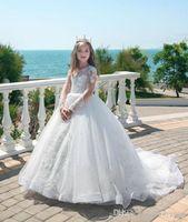 Schöne weiße Kugelkleider Prinzessin Kinder Brautkleider Spitze Appliques Perle Lange Ärmel Mädchen Pageant Kleid Tüll Blume Mädchen Kleid