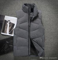 designer luxury mans down jacket Solid color sleeveless simp...