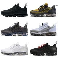 2018 Yeni Run UTILITY koşu ayakkabıları erkekler için üçlü beyaz siyah Zeytin Bordo Crush tasarımcı mens eğitmenler spor sneakers