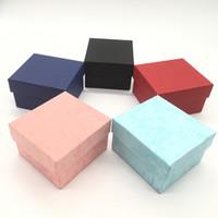 صناديق الأزياء ووتش السوداء ورقة حمراء مربع حالة ووتش مع وسادة المجوهرات مربع مربع العرض تخزين دي إتش إل الحرة