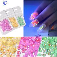 Luminous Crystal AB Nail Size Mix Strass Glitter di vetro Gem 3D fascino Flatback Strass chiodo di fluorescenza decorazioni di arte