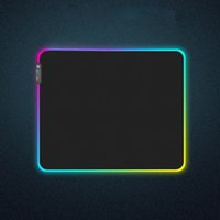 Gaming Keyboard Resistenza portatile LED acceso Bassa RGB Computer Accessories Mouse Pad oversize Glowing universale Home Office