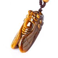Collier de cigale sculpté à la main avec pendentif en pierre et pendentif avec chaîne Amulette chanceux