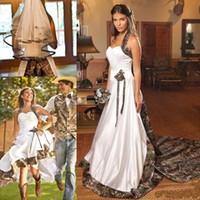 Vintage Country Camo Blanco Vestidos de novia Halter Sweep Train Backless A-Line Plus Tamaño Jardín Vestidos nupciales Hecho a medida