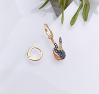 brincos de jóias S925 agulha de prata esterlina guitarra forma assimétrica brincos charme do parafuso prisioneiro para as mulheres moda quente