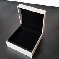 Joyas blancas Cajas de embalaje para joyería Pulsera Negro Terciopelo Collares Pendientes Pantalla Caja de joyería en blanco y negro