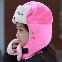 Chapeau hommes et les femmes d'hiver chaud Lei Feng Earmuffs chapeau mignon enfants de broderie Cartoon Chapeau extérieur Cyclisme parent-enfant Cap EEA215
