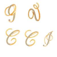 26 letras Broche de bricolaje Mujeres Rhinestone letra traje de solapa Pin de solapa Accesorios de joyería de moda para fiesta de regalos