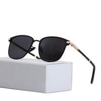 Sunglasses de femmes polarisées de 20sses de concepteur Mirorr Blue Mirorr luxe Designer femme lunettes de soleil UV400 Protection Conduite Lunettes de soleil pour hommes avec boîte