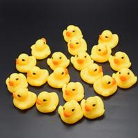 2020 고품질 아기 목욕 물 오리 장난감 사운드 미니 노란색 고무 장난감 어린이 수영 비치 선물 무료 배송 오리 목욕 작은 오리
