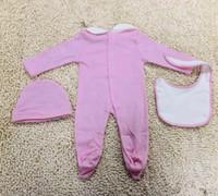 Niedliche Babykleidung Mode Neugeborene Baby Jungen Brief Strampler Baby Mädchen Jumpsuits Lätzchen Mütze Outfits Set