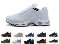 Satmak 2019 Sıcak Mercurial Artı TN Ultra Se Üçlü Siyah Beyaz Mavi Nefes Mesh Koşu Ayakkabıları Spor Artı TN Erkek Trainers Sneakers 36-45