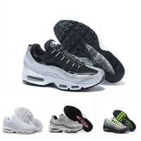With Box Classic womens running shoes Tripel White Black Men...