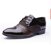 Scarpe casual da uomo prezzo basso 2019 Scarpe basse Scarpe da lavoro uomo Oxford Scarpe casual Scarpe derby in pelle nere / marroni