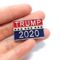 Новый дизайн Брошь Metal Pin Письмо Trump Numbers 2020 Alloy Red Blue Прямоугольные отворотом Брошь Уникальные прищепками Броши Ювелирные подарки