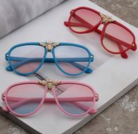 브랜드 키즈 금속 꿀벌 선글라스 패션 소년 소녀 UV 400 Adumbral 안경 어린이 해변 안경 어린이 야외 고글 C6356