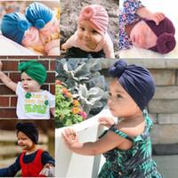 Новорожденные девочки Hat младенца индийского Twist узел Bonnet Химиотерапия Тюрбан Cap шапочка Hat платок Wrap Сплошных девушки Boy Child колпачки 15 стиля
