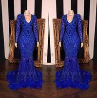 Royal Blue Lace plume sirène Robes de bal 2020 filles noir col V manches longues balayage train formel Soirée Robes réel image BC3607