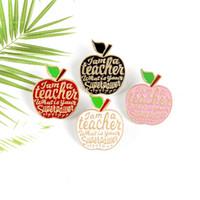 Red Apple Insegnante Insegnante Io sono un insegnante Badge Brooches Pins rosa smalto Pins Spil Pin Badges Fruit Plant Plant Regali di gioielli