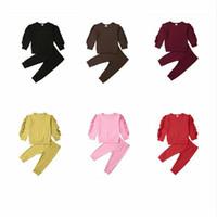 الطفل ملابس الاطفال الكشكشة الملابس مجموعات بنين بنات كم طويل الأعلى سروال بذلات الأطفال الصلبة القطن مجموعة ملابس الرياضة في الهواء الطلق الملابس B959
