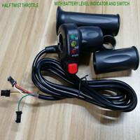 la moitié des gaz de torsion avec indicateur de niveau de batterie / indiquant poignées d'accélérateur lightsswitch pour tricycle vélo scooter électrique