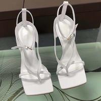 Neue Designer Sandalen Luxus-Absatz-Frauen Flipflop-T-Riemchen-Sandalen Fashion Party Slippers Super Laufsteg Schuhe High Heels