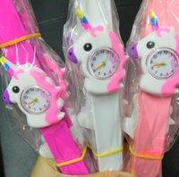 Neueste Rosa Kid Uhr Einhorn 3D Cartoon Uhr Einhorn Gummi Slap Clap Armbanduhr Silikon Band Nette Kinder Uhr