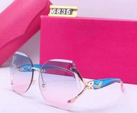 Vendita calda BUFFALO Occhiali Horn Designer Designer da vista Eyeglasses Decor Cornice in lega senza montatura Gambe in legno Gambe da sole Occhiali da sole Lunettes de Soleil