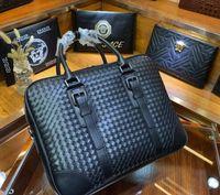 Handgestrickte Markendesigner Aktenkoffer Neuankömmling hochwertige Business-Taschen für Männer echtes Leder Business-Notebook-Taschen