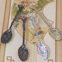 Crystal Retro Spoon Pattern Metal Coffee Tea Cuchara para mezclar Postre de frutas Pastel Crema Cucharas Cubiertos Vajilla 5 colores HHA717