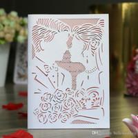 레이저 컷 초대장 연인 꽃이있는 40 가지 색상의 결혼식 초대장 카드를 맞춤화 된 결혼식 초대장 # BW-I0507