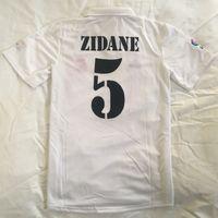 Top 2002 Retro Real Madrids Fussball Trikots Vintage Classic Zidane Beckham Ronaldo R.carlos Raul Camisetas Futbol Shirts Camisa Football Hemd MAILLOT Fußgröße S-XXL