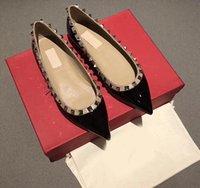 أعلى ايطاليا العلامة التجارية المصممين الشرائح متعطل مصمم أحذية السيدات النعال عارضة جلد طبيعي الصنادل والنعال الفراء بالاضافة الى حجم 35-43، يكون الشعار