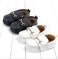 الوليد طفل رضيع أحذية أزياء لينة وحيد الطفل أحذية جلدية الرضع احذية عادية للبنين طفل الطفل الأخفاف WY400