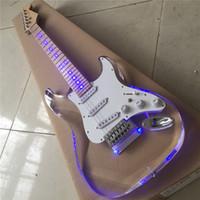 Envío gratis Tipo ST Transparente Colorless Vidrio Orgánico Acrílico Guitarra eléctrica Cuello de arce Guitarra Guitarra Guitarra