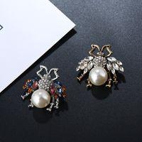 accesorios de vestir joyas de cristal broche de abeja delicada animal lindo broche de perlas de la moda de las mujeres