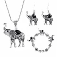 Jeu de bijoux de jolis éléphant pour femmes Rétro Bohemian Chic Bijoux Ensemble The Petit Allier Collier Boucles d'oreilles Collier Animal Bijoux Ensembles