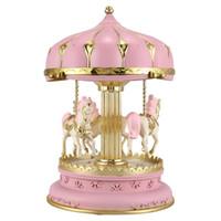 LED Müzik Kutusu Carousel Yuvarlak Müzik Kutuları Dekor Parlayan Carousel At Kutusu Noel Düğün Doğum Hediye